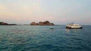 Similar-Islands-3